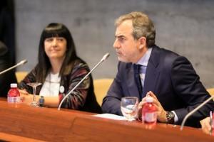 """María de los Ángeles García Pérez miembro de Eclos Consulting durante su ponencia la jornada sobre """"Protocolos para el abordaje de conductas inapropiadas en el trabajo"""""""